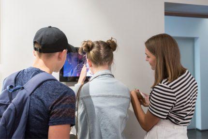 """Šiaulių """"Aušros"""" muziejaus padalinių ekspozicijas moksleiviai kviečiami lankytis nemokamai!"""