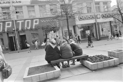 """Vlado Mikalausko parodos """"Šiauliai. Vilniaus gatvė"""" pristatymas ir diskusija """"Fotografija ir Šiaulių """"vietos dvasia"""""""