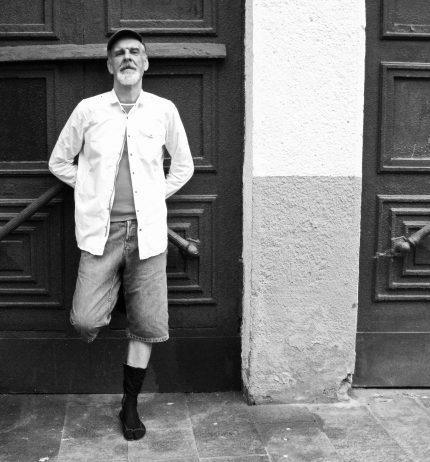 """Filosofas ir menininkas Ričardas Norvila: """"Mene man įdomiausia kita pasaulio pusė"""""""